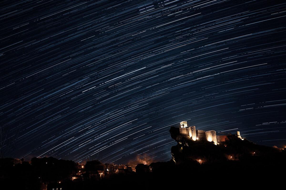star trail Roccascalegna